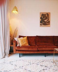 15 Flirty Wrap Dresses That Flatter Any Figur Orange Couch, Home And Living, Living Room, Velvet Couch, Orange Interior, Dark Wood Stain, Apartment Design, Interiores Design, Modern Decor
