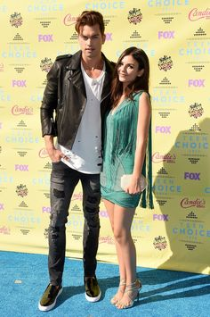 Pin for Later: The Sun — and Stars — Came Out For the Teen Choice Awards! Victoria Justice and Pierson Fode