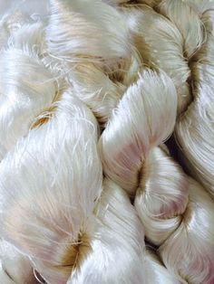 10 Fibrecrafts Un-Dyed Silk Cocoons for Embroidery and developing Silk Fibres