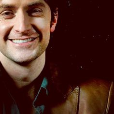 """Richard Armitage Smile *swoon"""" see he has nice teeth!! I wish I could be his dental hygienist!"""