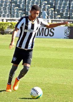 BotafogoDePrimeira: Coordenador do Bota aponta joias  que podem seguir...
