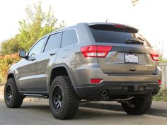 Can you put 35 inch tires on a jeep Grand Cherokee trail hawk - Yahoo Image Search Results Grand Cherokee 2011, 2011 Jeep Grand Cherokee, Grand Cherokee Overland, Jeep Cars, Jeep Truck, Super Sliders, Jeep Wk, Jeep Garage, Jeep Srt8