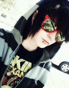 Epic sunglasses I want those sunglasses.........AND DAT ASS!!!!!!!!!!!!!!