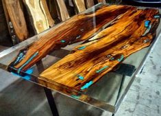 Awesome Resin Wood Table That Will Make You Want to Have It #WoodworkingIdeas