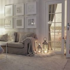 New living room paint stripes Ideas Cozy Living Rooms, Living Room Grey, Home Living Room, Living Room Designs, Living Room Decor, Grey Wallpaper Living Room, Child Friendly Living Room, Living Room Inspiration, Design Inspiration
