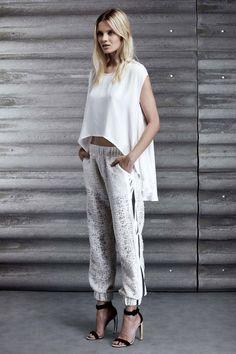 Jay Ahr / all white