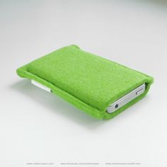 Sweet new color of #FeltCase for #iPhone and other smartphones by @motioncases