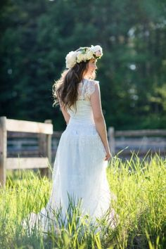 Summer wedding bohemian bride with flower crown