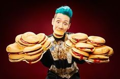 Guinness World Records 2016 – in pictures Story Of The World, Guinness World, World Records, Food Art, Food And Drink, Hamburgers, Macs, Ice Cream, History