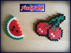 Pixel Art en perle Hama Compilation des Fruits de Pac Man Pixel Art réalisé en Perle Hama Pour plus de détail individuel, vous pouvez consulter chaque produit séparément.  *Pensez à la customisation de votre Pixel art !! : Porte clé, aimant, cadre, pot etc...*