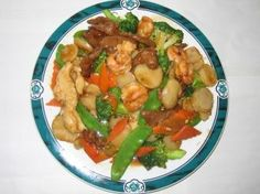 Three Delights Tastes:Shrimp, chicken white meat, beef and mixed vegetable sautéed with special tasty sauce from Oriental Chinese Restaurant in Van Nuys #Food #Shrimp #chicken #Restaurant forked.com