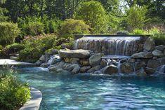 piscina natural com cascata