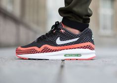 Nike Air Max Lunar1 Breeze « Black/Hot Lava » post image