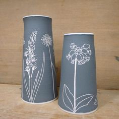 So much inspiration in the hedgerows at the moment! These two will be making an appearance at Spring Fling with me next weekend. . . . . #ceramics #stoneware #sgraffito #pottery #wildflowers #cowslip #bogasphodel #scabiosa #handthrown #handdrawn #handmade #makersmovement #makersgonnamake #madeinscotland #interiordesign #cerealmag #cremerging #sfstudioprep #springfling2017 #scottishpotters