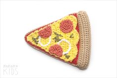 Crochet Pizza Slice Crochet Case, Form Crochet, Crochet Food, Easy Crochet Patterns, Amigurumi Patterns, Knit Crochet, Crochet Keychain Pattern, Crochet Gratis, Crochet Potholders