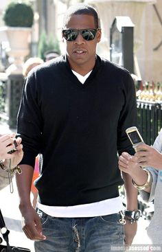 Jay-Z v-neck/white shirt/jeans - he knows what's clean!! Great look!