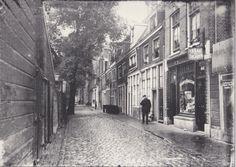 Amsterdam, Prinseneiland 44 (Bickersgracht kant).