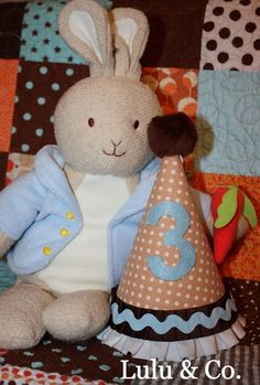 Basic hat in Peter Rabbit inspired tan, chocolate brown & blue