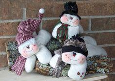 Hanging Around Winter Snowmen $6.51
