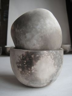 Wood-fired Cups, Heather Gabriel via Michelle Chamlee ... They look like little moons! Beautiful!