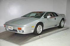 1989 Lotus Esprit SE £50,000
