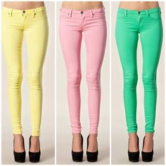 Love color. Especially colored jeans !!