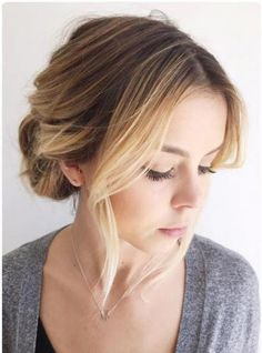 What's the Difference Between a Bun and a Chignon? - How to Do a Chignon Bun – Easy Chignon Hair Tutorial - The Trending Hairstyle Thick Hair Updo, Easy Hairstyles For Medium Hair, Short Hair Updo, Everyday Hairstyles, Bun Hairstyles, Medium Hair Styles, Natural Hair Styles, Short Hair Styles, Natural Beauty