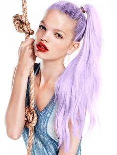 lilac hair on Daphne Groeneveld Pastel Hair, Purple Hair, Pastel Purple, Shatush Hair, Braided Hairstyles, Cool Hairstyles, Non Blondes, Lavender Hair, Lavander