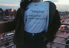 Tshirt Graphic Sweatshirt, T Shirt, Sweatshirts, Sweaters, Fashion, Supreme T Shirt, Moda, Tee Shirt, Fashion Styles