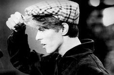 vezzipuss.tumblr.com — David Bowie, Circa 77