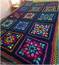 New Crochet Free Afghan Patterns Stained Glass Ideas Crochet Mandala Pattern, Crochet Square Patterns, Afghan Crochet Patterns, Crochet Crafts, Free Crochet, Crochet Projects, Free Knitting, Granny Square Pattern Free, Free Pattern