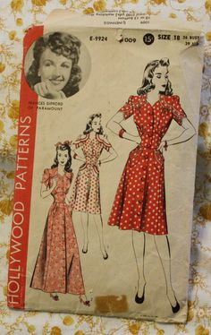 I'm in love :0 Hollywood 1009 1940s Dress or House Coat Sewing Pattern Size 18 Bust 36