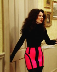 She always wore a black turtleneck and tights with something bold Dope Fashion, 90s Fashion, Autumn Fashion, Vintage Fashion, Fashion Outfits, Retro Fashion, Fran Fine Outfits, Moschino, Nanny Outfit
