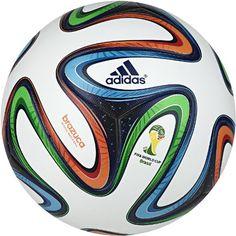 Balón oficial adidas Brazuca de la Copa del Mundo FIFA 2014