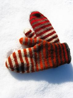 zauberball mittens - Great use of colour transition yarns!