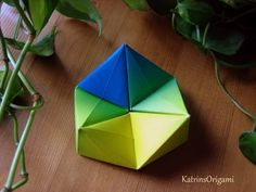 Difficulty ♥♥ ♡♡♡ A great paper toy that can be easily made from a … - DIY Origami Diy Origami, Origami Tower, Origami And Math, Origami Modular, Origami Paper Art, How To Make Origami, Origami Folding, Paper Folding, Diy Paper