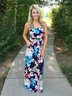Midnight Kiss Maxi Dress - Navy