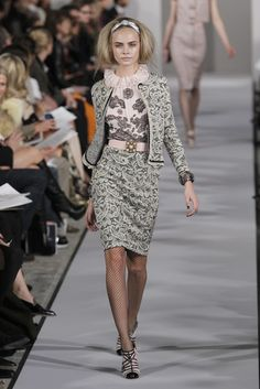 Oscar de la Renta RTW Fall 2012 - lunch with the ladies at the club!