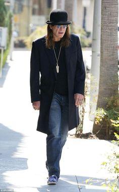 Ozzy Osbourne, Black Sabbath, Blues, Chic, Stuff To Buy, Legends, Metal, Life, Fashion