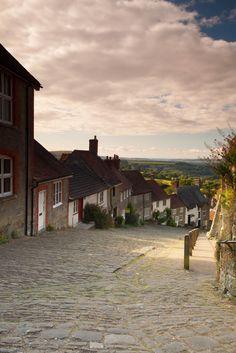 Gold Hill - Shaftesbury, Dorset, England by JBMKing