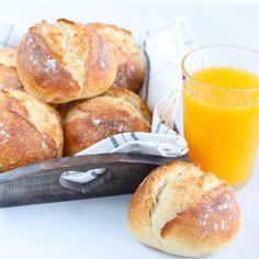 Lunch Recipes, Bread Recipes, Breakfast Recipes, Cooking Bread, Bread Baking, Pan Relleno, Sandwiches, Homemade Dinner Rolls, Bread Bun