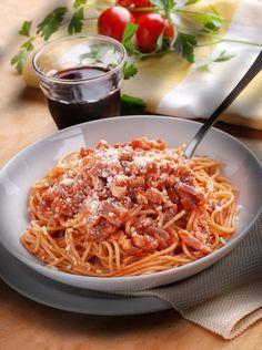 Φτιάχνουμε μία από τις πιο διάσημες και πληθωρικές ιταλικές μακαρονάδες με τι άλλο; Σπαγγέτι Melissa φυσικά!