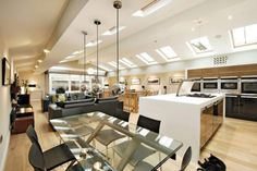 Hidden in northern England, this exceptional two-story loft is the result of a notable architecture conversion. The Pump House is the contemporary and sophisticated renovation of a former water pumping station in Ilkley. Dining Room Sets, Contemporary Interior Design, Modern House Design, Interior Designing, Master Suite Bathroom, Pump House, Bathroom Remodel Cost, Unusual Buildings, Bathroom Inspiration