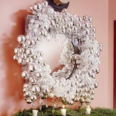 This site has so many gorgeous wreaths - the problem - which ones to make!!!