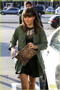 The lovely Sophia Bush with her leopard flat clutch!
