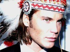 Taylor Kitsch by Robert Erdmann Taylor Kitsch, Tim Riggins, Photoshoot Images, Pictures Of People, Sexy Men, Hot Men, Pretty Face, Dapper, Headpiece
