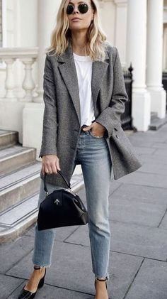 Here is Womens Blazer Outfit Ideas Picture for you. Womens Blazer Outfit Ideas women blazer outfits 32 ways to wear blazer. Blazer Outfits For Women, Casual Work Outfits, Mode Outfits, Simple Outfits, Fall Outfits, Fashion Outfits, Blazer Fashion, Office Outfits, Fashion Ideas