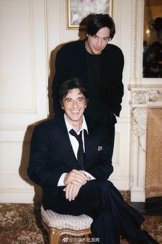 Al Pacino et Keanu Reeves le 2 décembre 1997 à Paris, France. Keanu Reeves Life, Keanu Reeves Young, Keanu Charles Reeves, Keanu Reaves, The Devil's Advocate, Famous Men, Famous People, Sylvester Stallone, Paris France