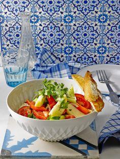 Tunesischer Gurkensalat mit Äpfeln, ein tolles Rezept aus der Kategorie Früchte. Bewertungen: 22. Durchschnitt: Ø 4,1.