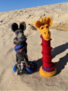 GfK-WoGi 5 Wolf, Needle Felted, Giraffe, Display Window, Figurines, Couple, Handmade, Animals, Wolves